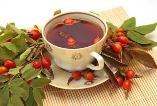Как заваривать чай с шиповником правильно