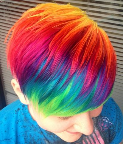 Хоз мыло поможнт отмыть краску с волос