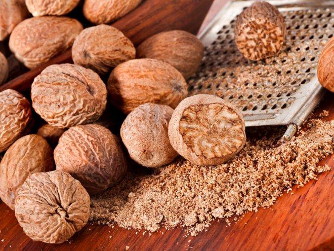 Описание, состав ореха, калорийность