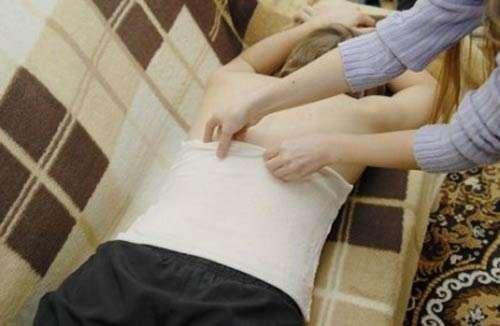 Прикладываем лист хрена при болях
